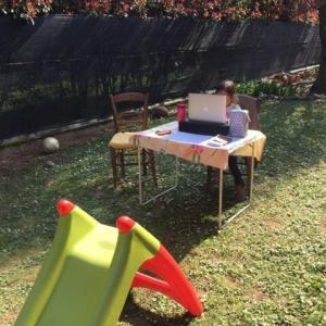 イタリアでは幼稚園もオンライン授業