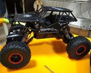 トイラジクローラー改造!~単三電池仕様へ~