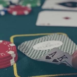 自宅にいながらカジノゲームが楽しめちゃう♪オンラインカジノの魅力