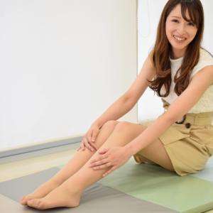 【O脚矯正】巻くだけダイエットのゴムバンドでO脚を治す方法-深イイ話