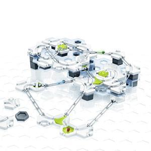 六角形のパーツを組み合わせてビー玉が転がるコースを作るオモチャ「GraviTrax(グラヴィトラックス) 」