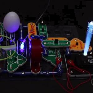 電脳サーキット・イルミナで電子工作! 最高の知育玩具で冬休みのおうち時間を楽しもう