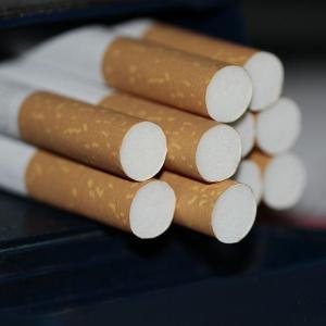 タバコを吸い始めたきっかけ