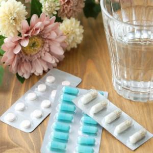 今度は痛風で高熱。薬も水飲まないから大変なことに。