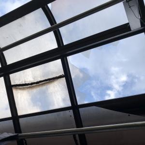 テラス屋根を修理する副業はどう?
