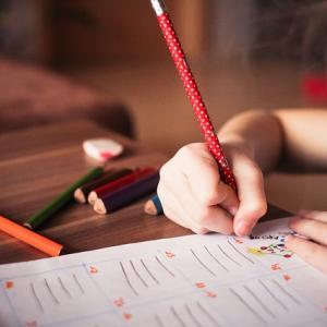 【アルファベット学習】3才10ヶ月娘のライティング力と勉強法