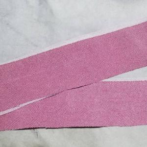 着物リメイクで姫パン作成_紐部分の生地を裁断しました