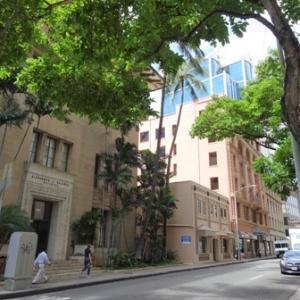 ビジネスマンに混ざって Aloha Bakehouse & Cafe✨