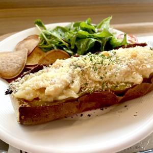 「蔵出・焼き芋 かいつか」の焼き芋ボートでお腹いっぱいランチ☆(おおたかの森)