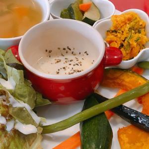 石焼きピザと季節の野菜料理「ひるふぁーむ」のランチは野菜プレートがすご~い☆(柏の葉)