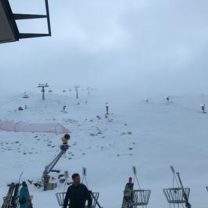今年初スキーは残念ながら曇天