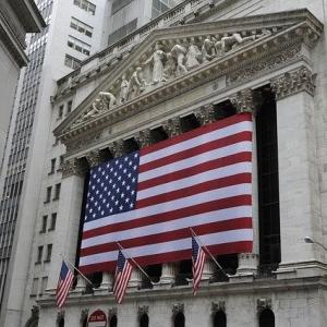 今週のマーケット(2021.04.12-04.16):○UNH(+3.91%) - ●INTC(-5.14%)