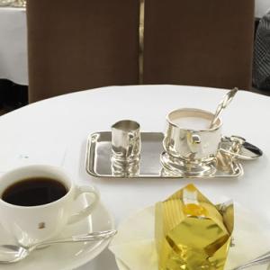 50代女子のおやつ 銀座ウエスト銀座本店のモンブランとコーヒー