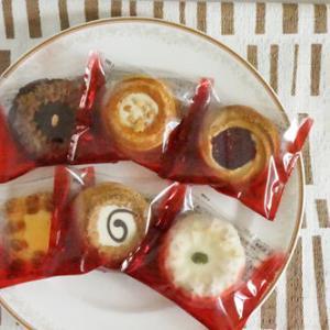 50代女子のおやつ 栄光堂製菓のロシアケーキ