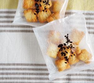 50代女子のおやつ 岩塚製菓の美味しいおかき塩味