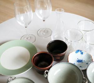 今日の断捨離 ワイングラス、ダブルウォールグラス、皿いろいろ