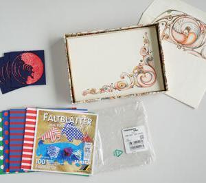 今日の断捨離 ポチ袋、不気味な模様のカード&封筒、フランスの折り紙