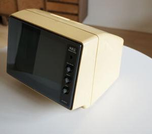 今日の断捨離 1980年代のパソコン用モニター