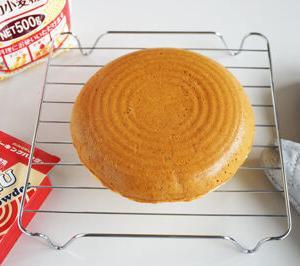 簡単で素朴美味しい!ほったらかし炊飯器ケーキ