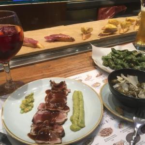 バルセロナの夜はTapa Tapaのタパスとサングリアでスペインしちゃお〜!