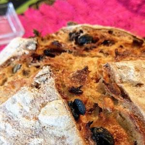 自家製天然酵母を使ったサワードウパン作り