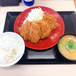 かつや 大分光吉インター店【大分県大分市 / ラーメンコロッケとロースカツ定食】