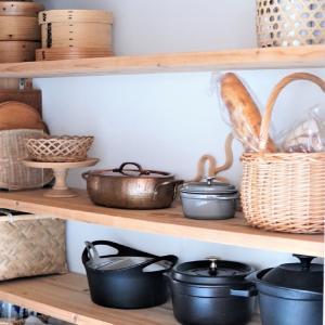 【パントリー】飾るように美しく台所道具を収納♪実用性とインテリアを兼ねる<注文住宅作ってよかった場所>