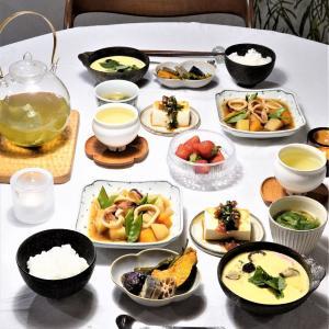 スコープ別注♪東屋「木瓜角皿」がぴったりだった和食おかずの晩御飯♪