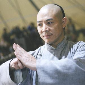 新型コロナの影響で、握手をする代わりに「拱手」が再注目されている台湾
