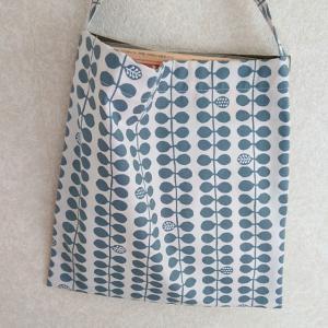 縫い方の練習を兼ねて、ぺたんこくったりシンプルバッグ