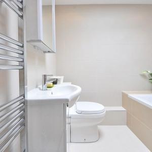 【1日1捨】バスルームのミラーキャビネットの中を片付けました