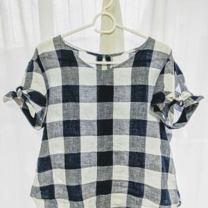 袖のお直しとお洋服の組置き。