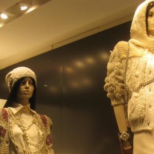 パリ・Fashion Week・プレタポルテ219春夏コレクション始まります。