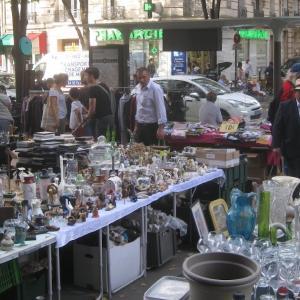 パリの青空骨董市、ガレージセールで散歩。