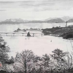 古宇利島大橋を運天港側から見る