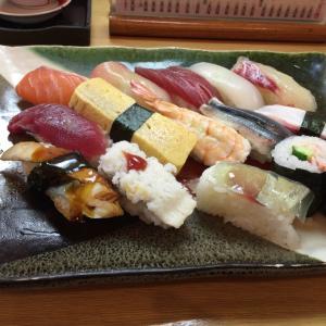 寿司屋でのおばさんの独り言が聞こえまちゅ~!