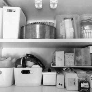 キッチンの吊り戸棚収納、何を収納していますか?