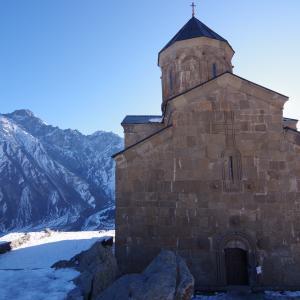 丘の上の教会へ