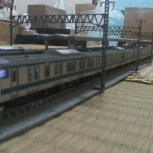 京浜東北線と横浜線(根岸線)を…