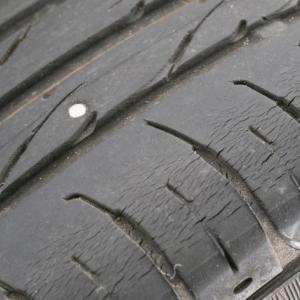 タイヤがパンクしたときの対応