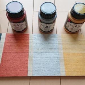 【金属塗料】ダイソー「メタリックペイント」全5色を買ったよ。色見本と比較、おすすめレビュー【100均】