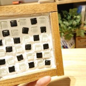 【失敗です】ガラス「タイルコースター」を手作りするよ。流行りのダイソー(100均)DIYにチャレンジ【作り方】