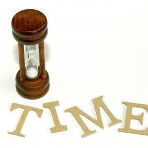 一日を大切にしたくなる。24時間で針が一周する腕時計