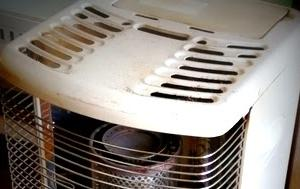 非常時にも使用可 電源要らずの暖房器具をスタンバイ