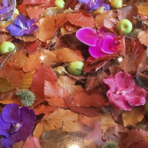 お花は毎日、愛情込めてお手入れすることが必要です。自分のこともね♡