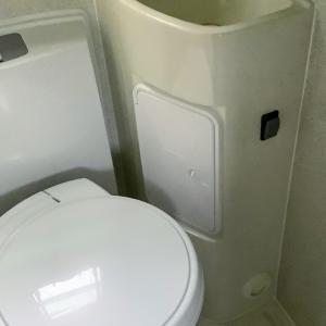 キャンピングカーのカセットトイレお手入れ