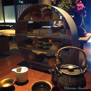 ロンドンの中心でお寿司付きアフタヌーンティー!!