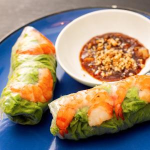 """久々に当たりのお店発見!ウルワツにあるベトナム料理屋さん""""BlackRoseResto""""。"""