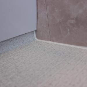 ついに出現!そして撃退!ほっカラリ床のピンク汚れ