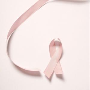 乳がんヨガセラピスト